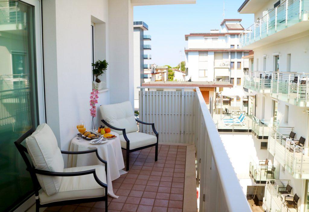 Comfort room with balcony ***s